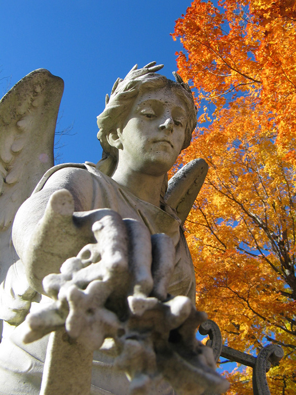 This angel presides over the Grove Cemetery on Highway 1 in Belfast, Maine. (Click any image in this blog entry for larger version in new window.)