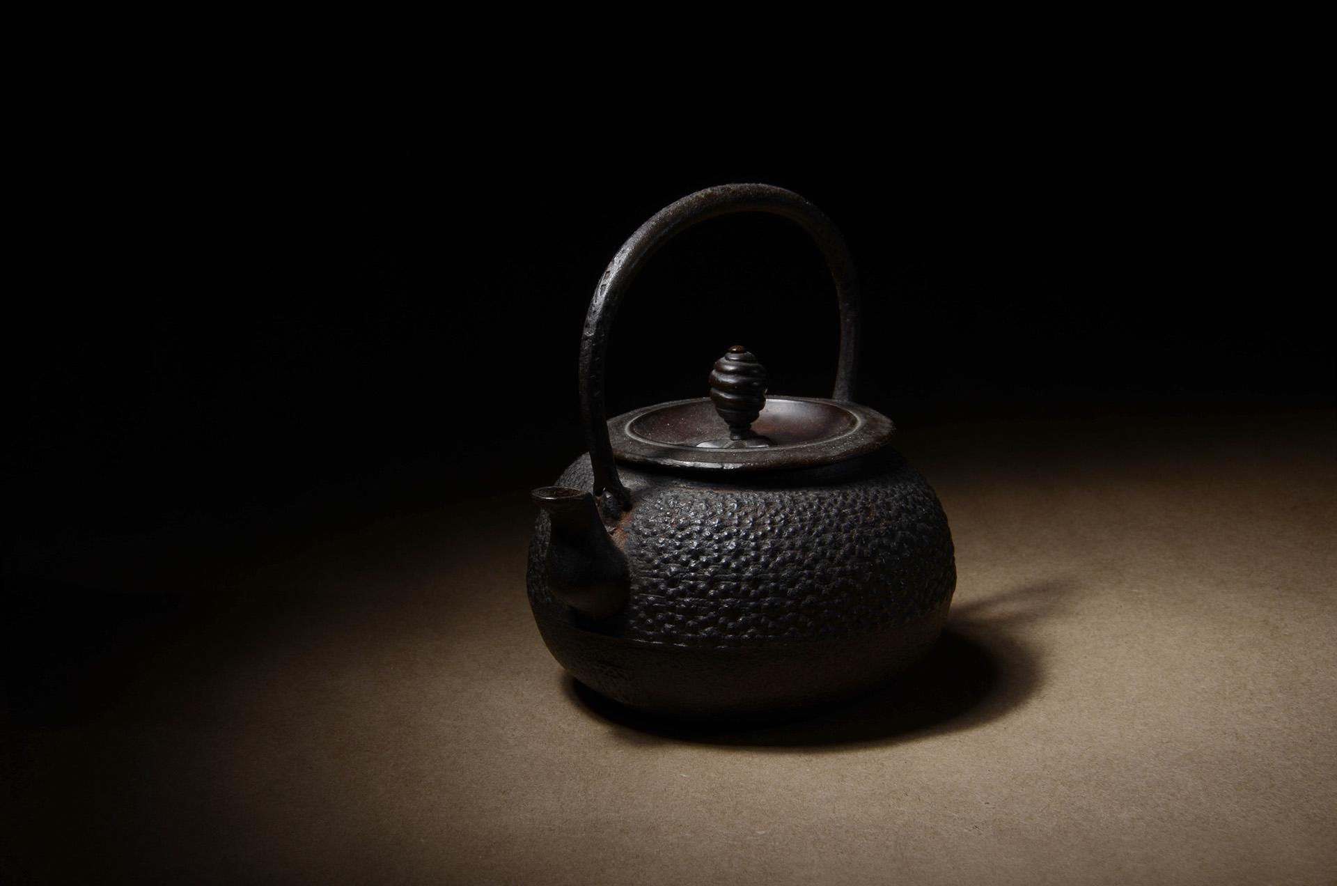 150805-kettleblack